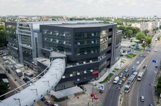 The reconversion of City Mall to offices nearing completion