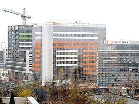 Orange Romania relocates half of its employees in Green Court