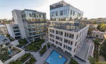 Revetas Capital buys the The Landmark office project in downtown Bucharest