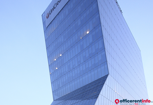 Offices to let in Unicredit Tower