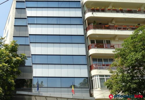 Offices to let in Gran Via Business Center