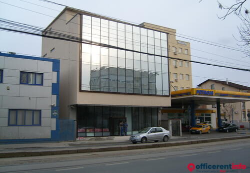 Offices to let in spatiu birou/comercial/parter/stradal   Barbu Vacarescu 80  (langa Petrom)